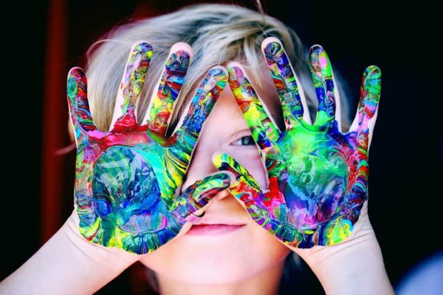 Arte terapia e processi cognitivi: alla scoperta della comunicazione non verbale!