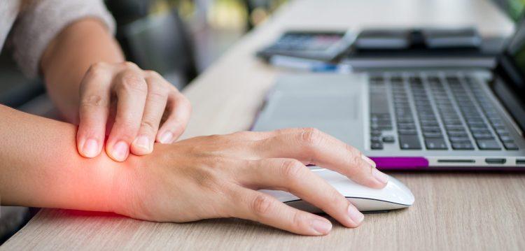Sindrome di De Quervain: la stretta di mano dolorosa! Cosa c'è da sapere!
