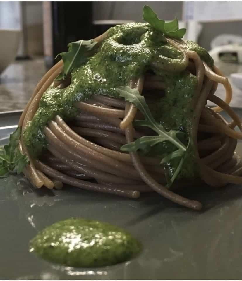Spaghetti di segale con pesto di rucola proprietà nutrizionali