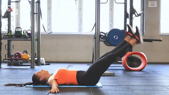 Meglio fare gli addominali a fine allenamento? La risposta del personal trainer