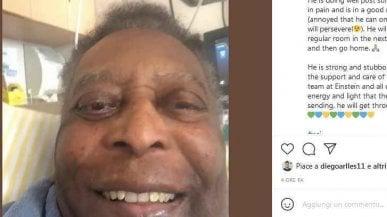 """Pelé migliora dopo l'operazione: """"Pronto a lasciare la terapia intensiva"""""""
